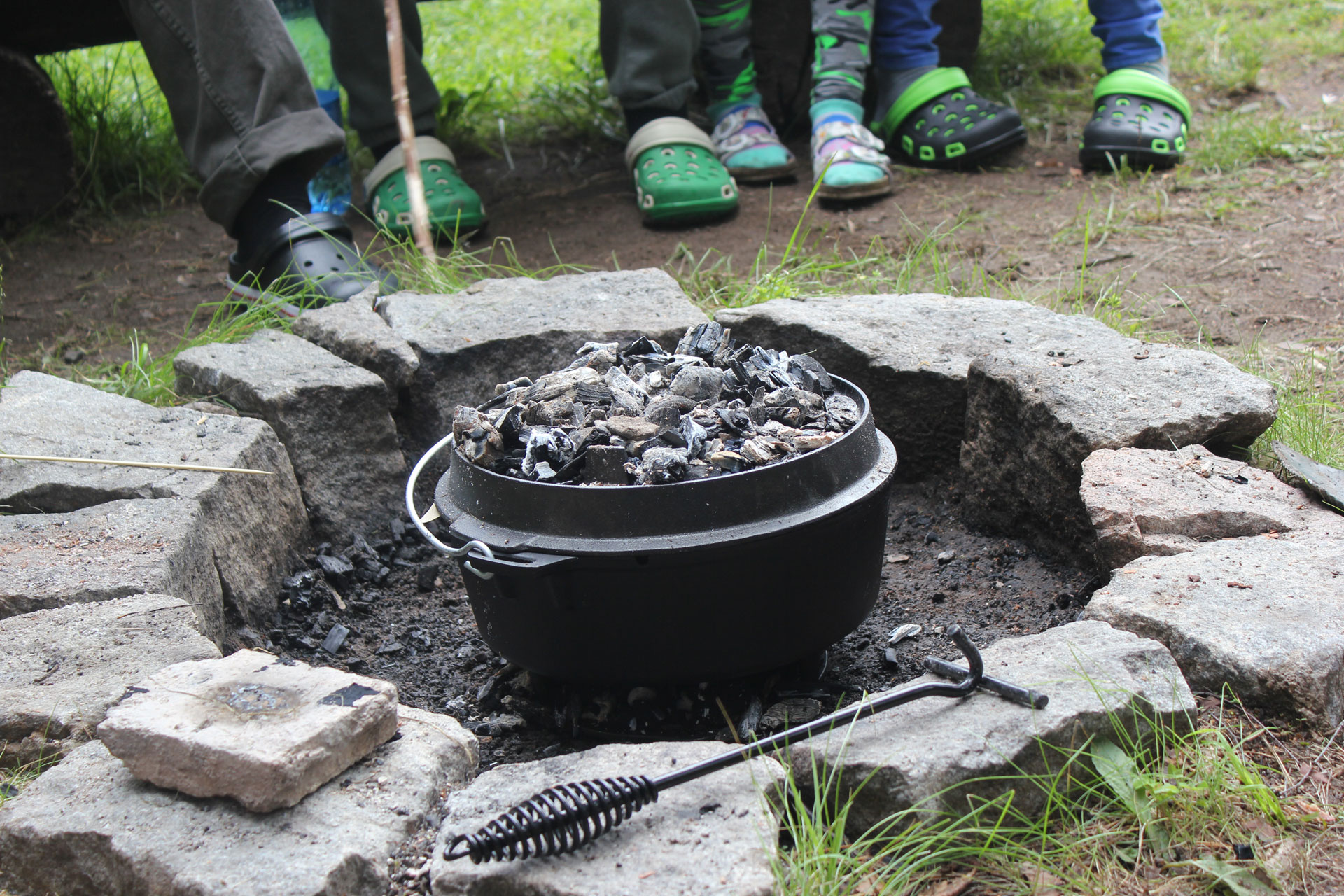 Outdoorküche: Kochen unabhängig von Strom - Gas - Benzin 2