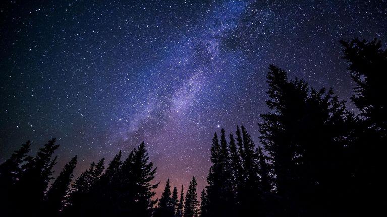 microadventure Schlafen unter Sternen
