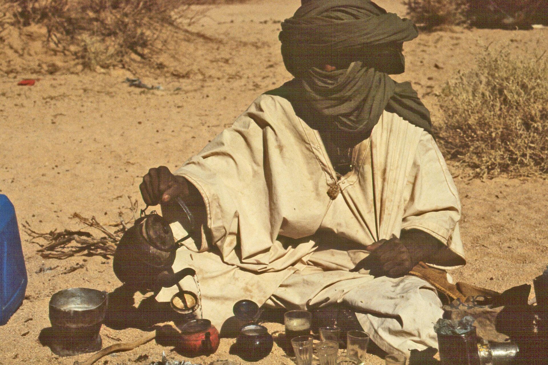 Tee-Einladung in Algerien
